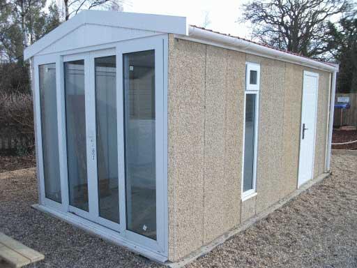 The cheltenham garden room combi from leofric building for Combi garden room