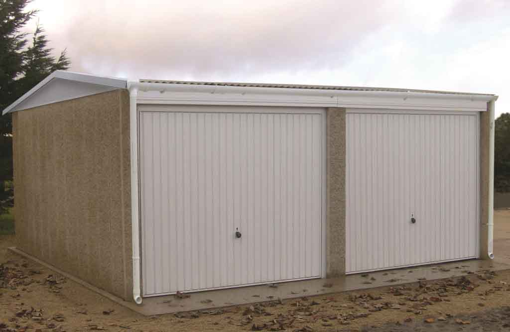 The campden concrete garage from leofric building systems ltd - Construction garage prefabrique beton ...